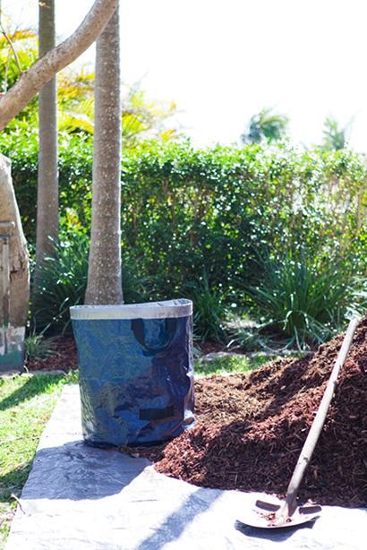 green-waste-bag-garden-mulch-australia